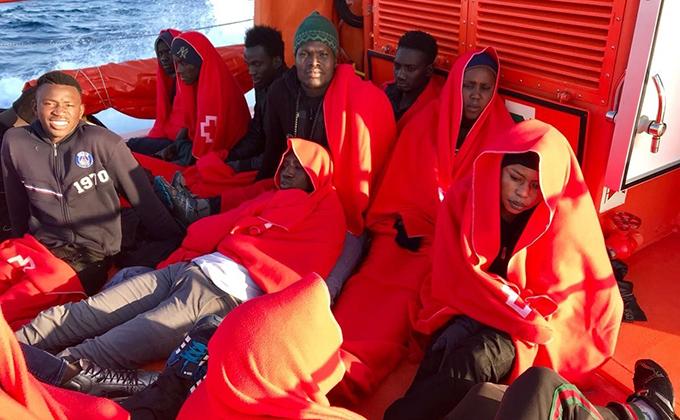 inmigrantes patera salvamento maritimo