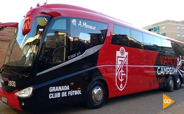 BUS-ESTADIO-NUEVO-LOS-CARMENES-1