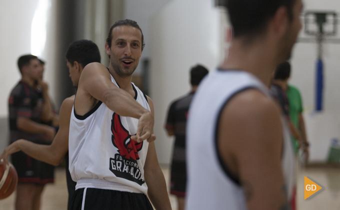 Carlos de Cobos Covirán Primer entrenamiento del Fundación CB Granada de la temporada 2018-19 Foto Antonio L Juarez-6895