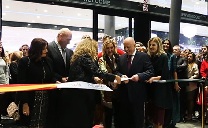 inauguracion Nevada Tomas Olivo