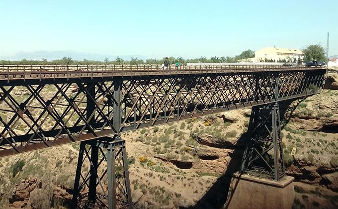puente arroyo baul