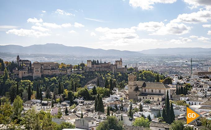 Alhambra y Granada ciudad 01