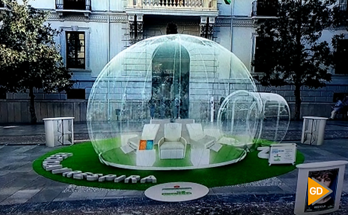 Campaña de reciclaje burbujas de aire limpio 02