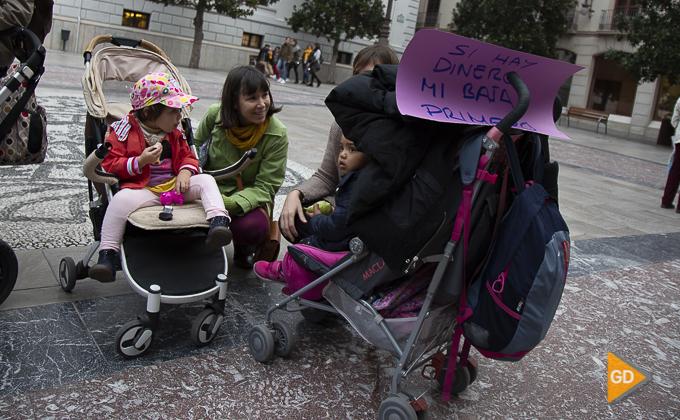 concentracion a favor de las madres en la plaza del carmen Foto Antonio L Juarez -9850