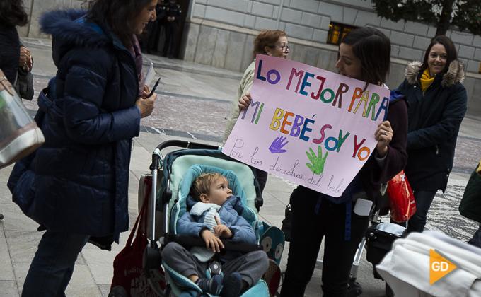 concentracion a favor de las madres en la plaza del carmen Foto Antonio L Juarez -9877