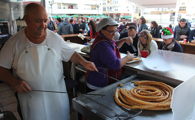 CHURROS Y CHOCOLATE SOLIDARIO EN LA HERRADURA 18