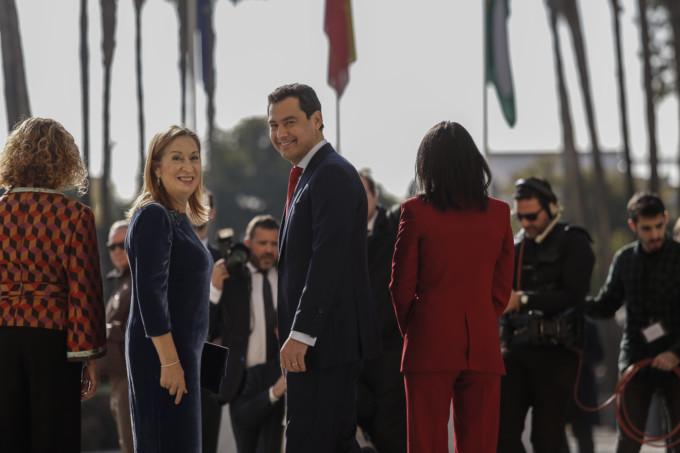 la presidenta del Congreso de los Diputados, Ana Pastor acompaña a Juanma moreno