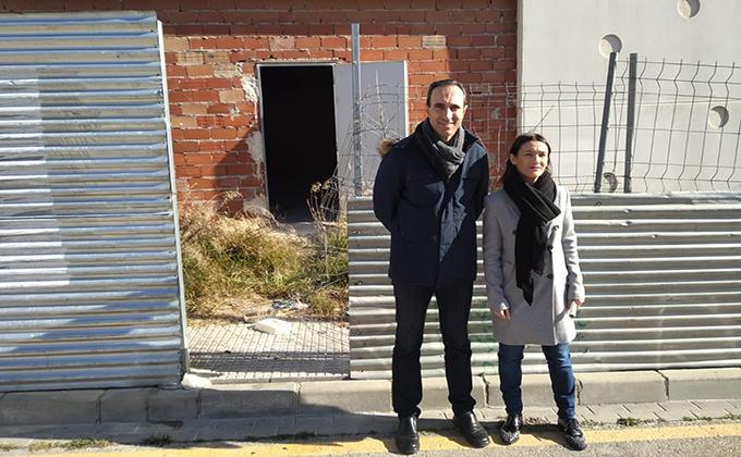 Olga Manzano y Gonzalo Vázquez futuro Centro Deportivo Urbano Loja