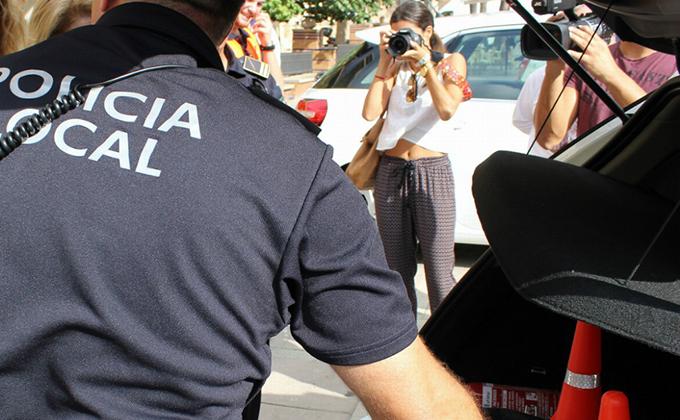 POLICIA LOCA MOTRIL 1