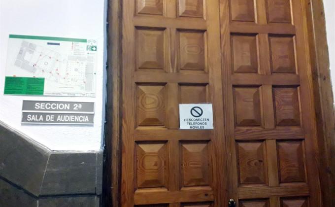 audiencia puerta