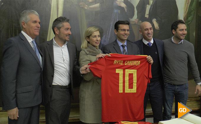 foto alcalde y Luis Rubiales
