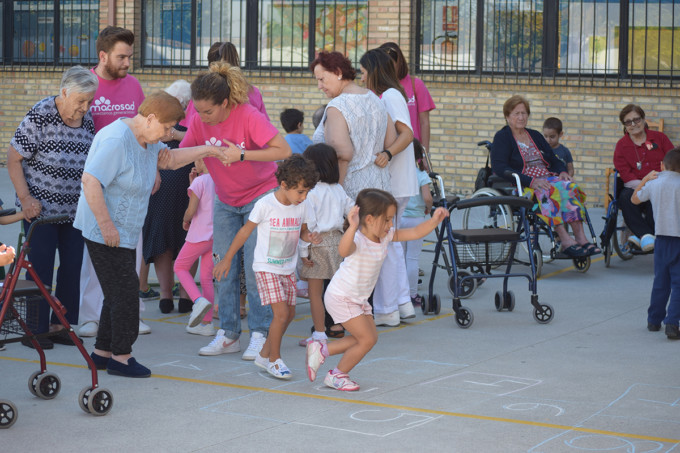 Actividad Intergeneracional de Macrosad