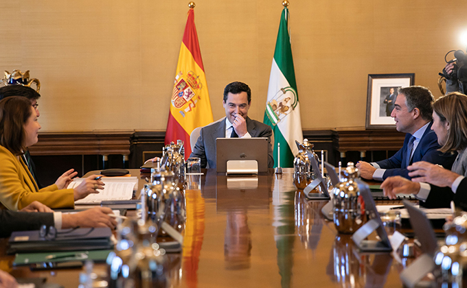 Primera reunión en el Palacio de San Telmo del Consejo de Gobierno de la Junta de Andalucía, presidido por  el presidente de la Junta de Andalucía,Juanma Moreno. En el Palacio de San Telmo.