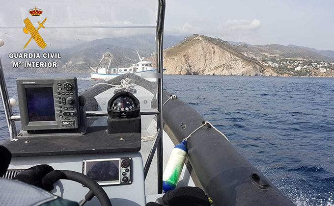 guardia civil pesca ilegal maro granada
