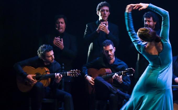 Naturalmente Flamenco del Ballet Flamenco de Andalucía - Foto Artur Widak. jpg