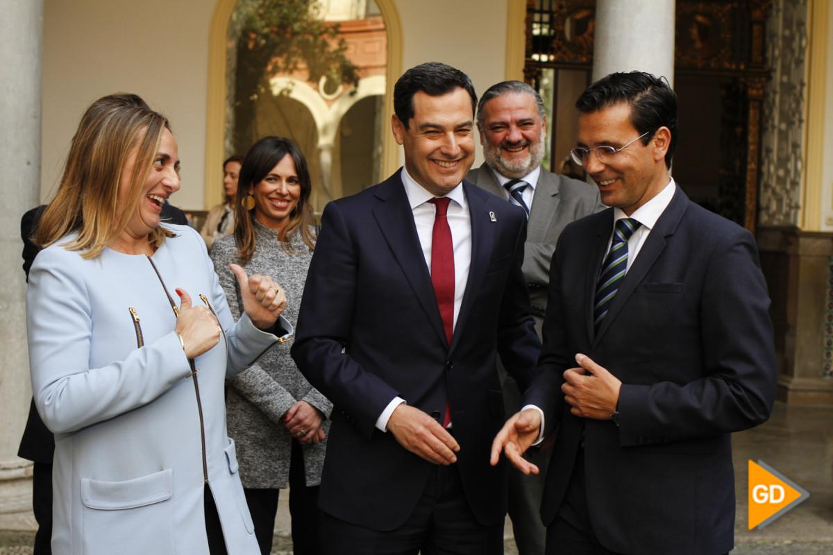 encuentro de Paco Cuenca y Juanma Moreno Foto Antonio L Juarez-5251