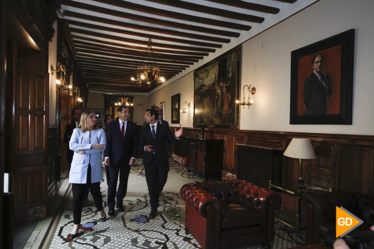encuentro de Paco Cuenca y Juanma Moreno Foto Antonio L Juarez-5303