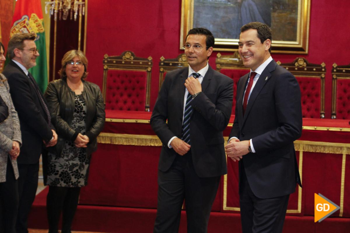 encuentro de Paco Cuenca y Juanma Moreno Foto Antonio L Juarez-5439