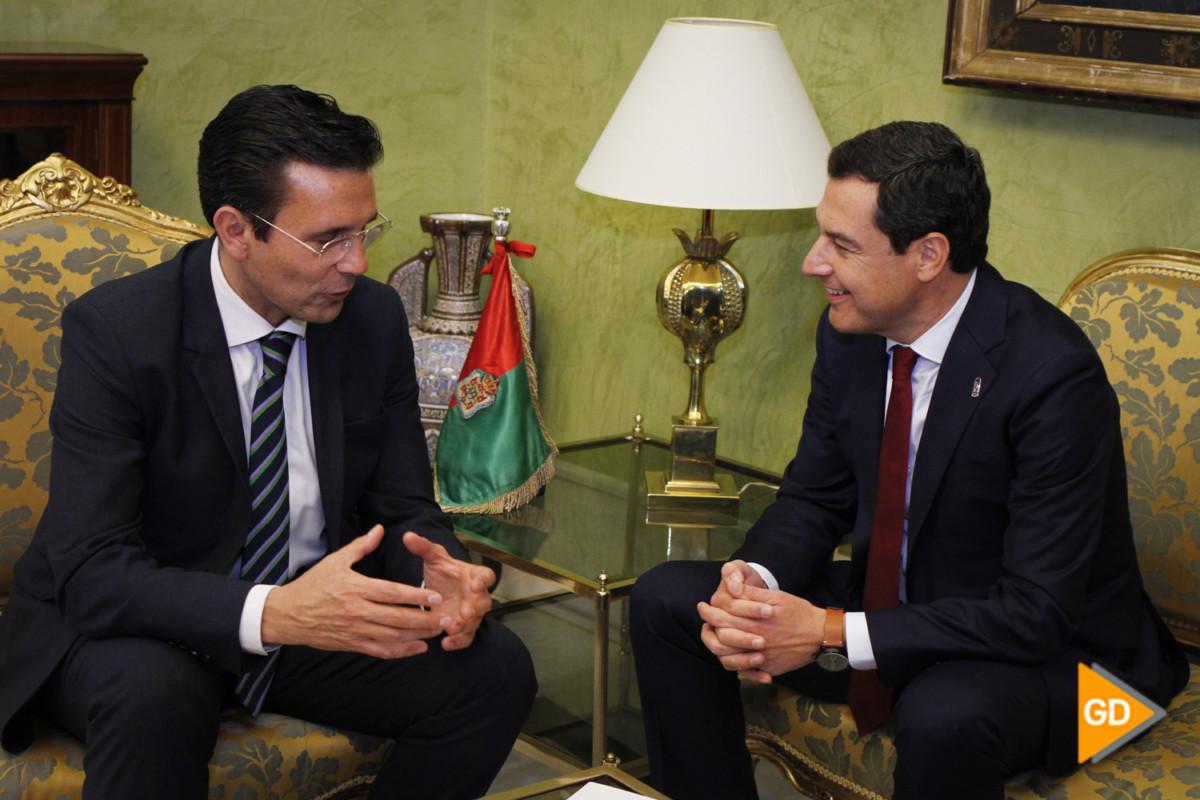 encuentro de Paco Cuenca y Juanma Moreno Foto Antonio L Juarez-5514