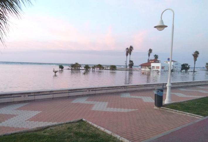 playa poniente-temporal
