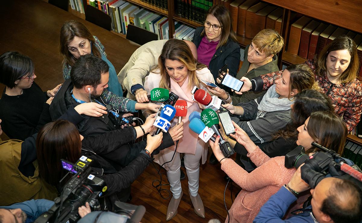 La secretaria general del PSOE-A, Susana Díaz, interviene en un encuentro con colectivos que se celebra con motivo del Día Internacional contra el Racismo.