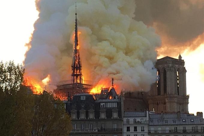 incendio Notre Dame Paris – EP