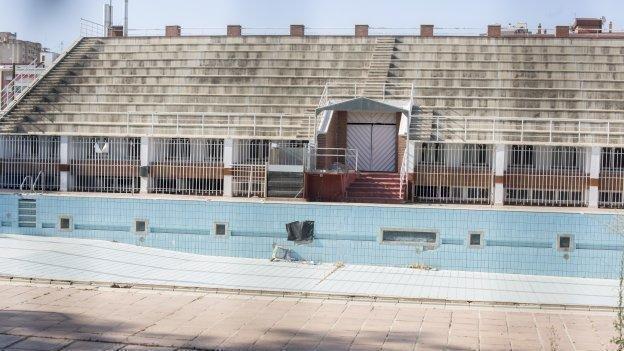 piscina fuentenueva ugr granada