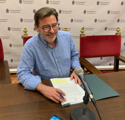 Baldomero presenta informe Transparency International