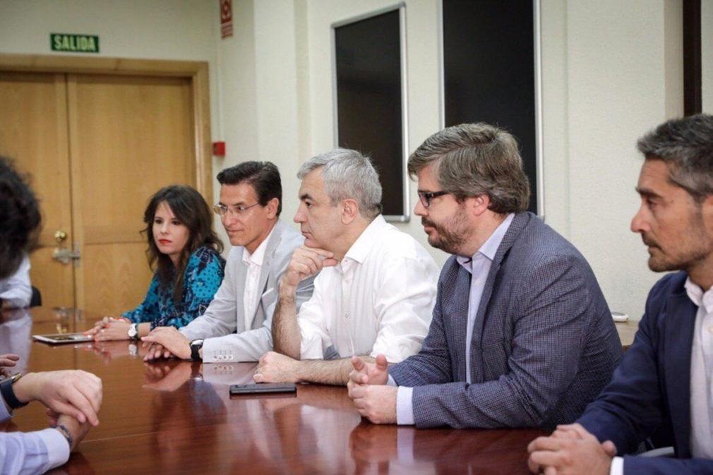 Reunión de Cs en la Universidad de Granada de cara al 26M