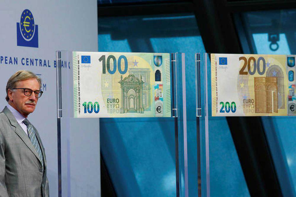 billetes 100 200