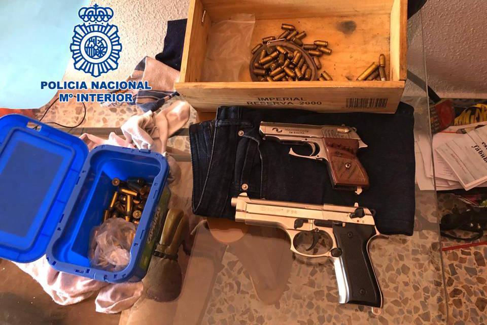 pistola POLICIA NACIONAL