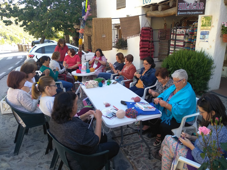 Día Mundial de tejer en público7