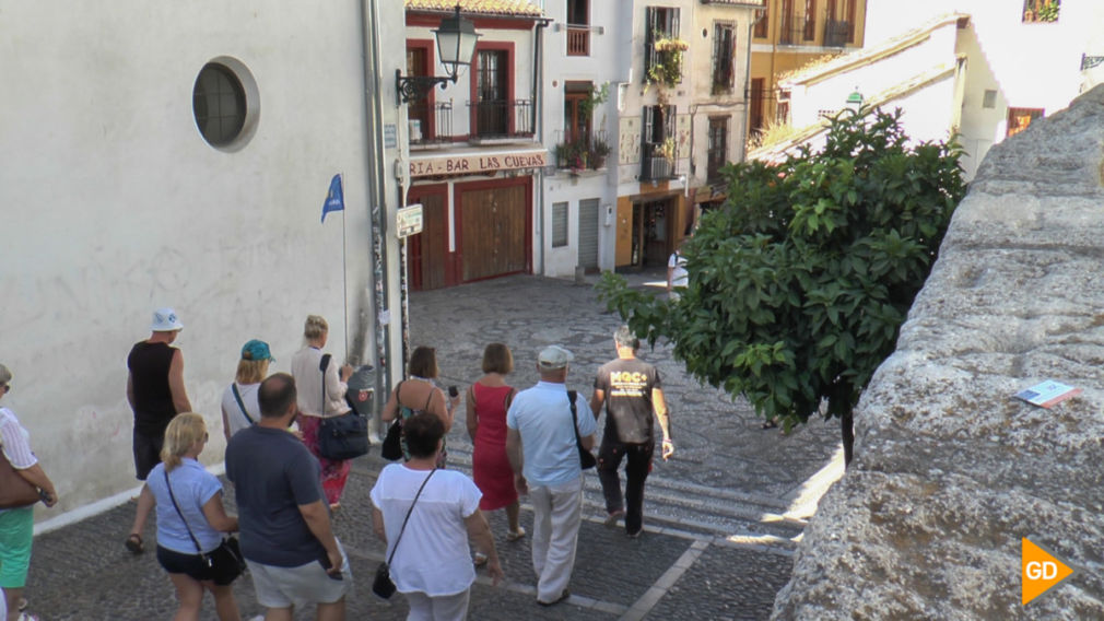 Encuesta albaicin pintadas a turistas (Joshua)-1 (1)