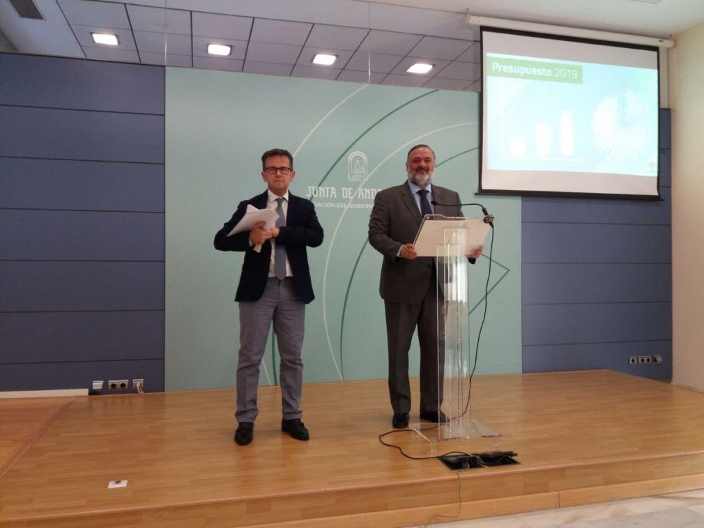 La Junta presenta sus presupuestos en Granada