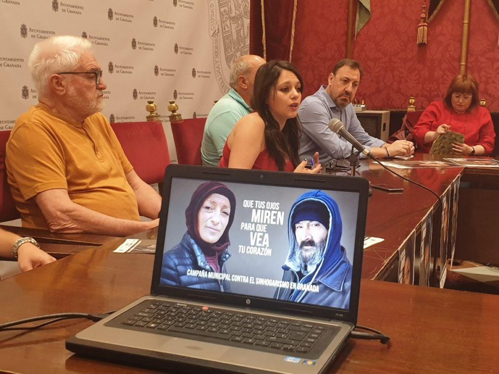 Presentación de campaña protagonizada por personas sin hogar