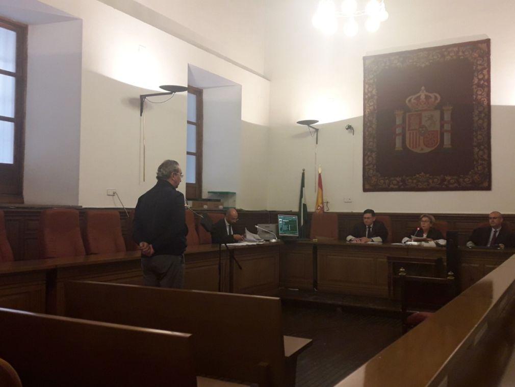 Juicio contra el jefe de la Policía Local de Granada en la Audiencia de Granada