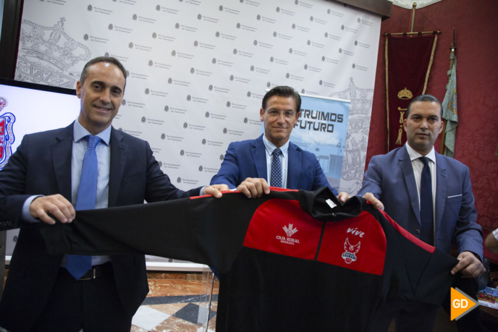 Presentacion de los abonos del Fundacion CB Granada para la temporada 2019/20