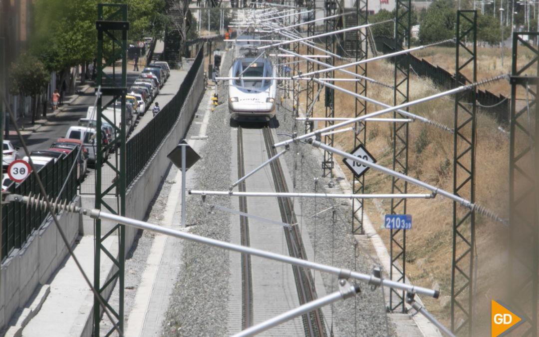 Renfe ya ha vendido 200.000 billetes para los trenes AVE que unen Granada con Madrid y Barcelona
