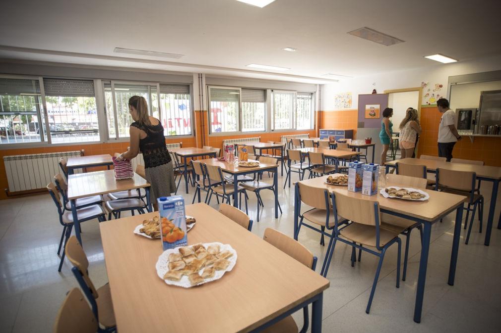 Nota/ 25 Centros Y 1.186 Alumnos Se Beneficiarán Del Nuevo Contrato De Comedores De La Junta En Granada