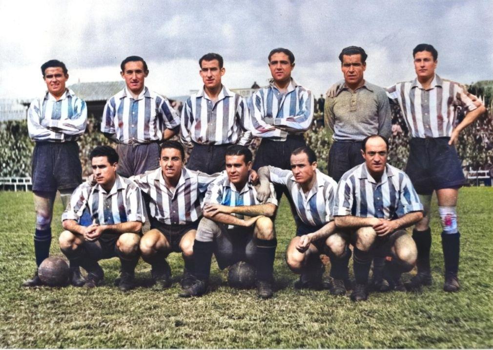 1) El Granada de la 42-43 que derrotó al Sevilla. Conde, González, Aparicio, Millán, Pérez y Nicola_ con Neira, Trompi, Sosa, Sierra y Marín.