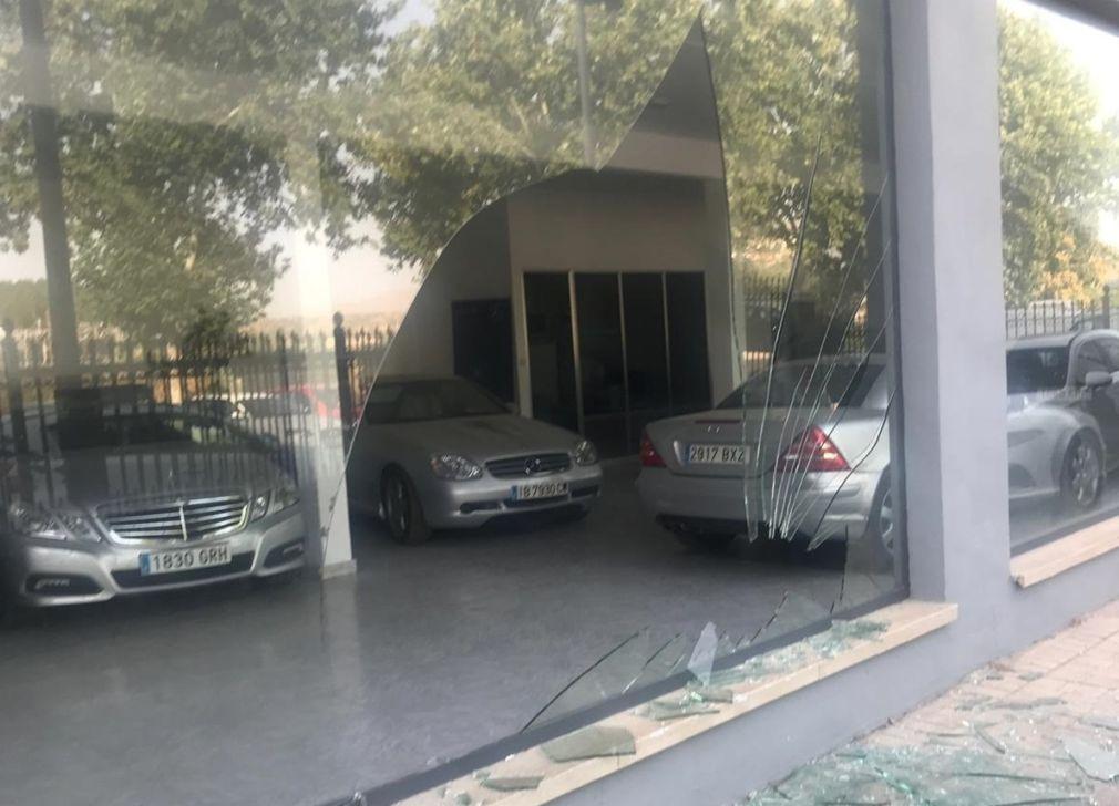 Concesionario de coches del polígono La Marcoba tras un intento de robo