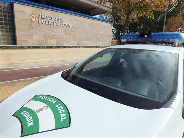 Detenido En Jerez Del Marquesado Tras Una Persecucion Policial Despues De Irrumpir A Toda Velocidad En La Feria De Guadix
