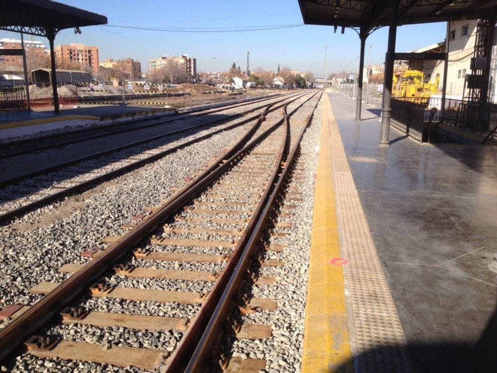 ANDALUCÍA.-Granada.-El alcalde convocará a la Mesa del Ferrocarril para abordar más acciones reivindicativas tras 800 días sin tren