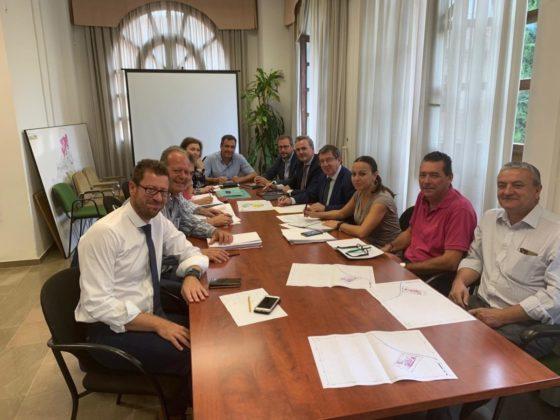 Reunión entre AVRA y Ayuntamiento