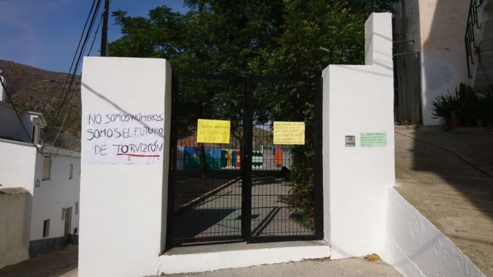 Huelga de alumnado en los colegios de Torvizcón y Bérchules