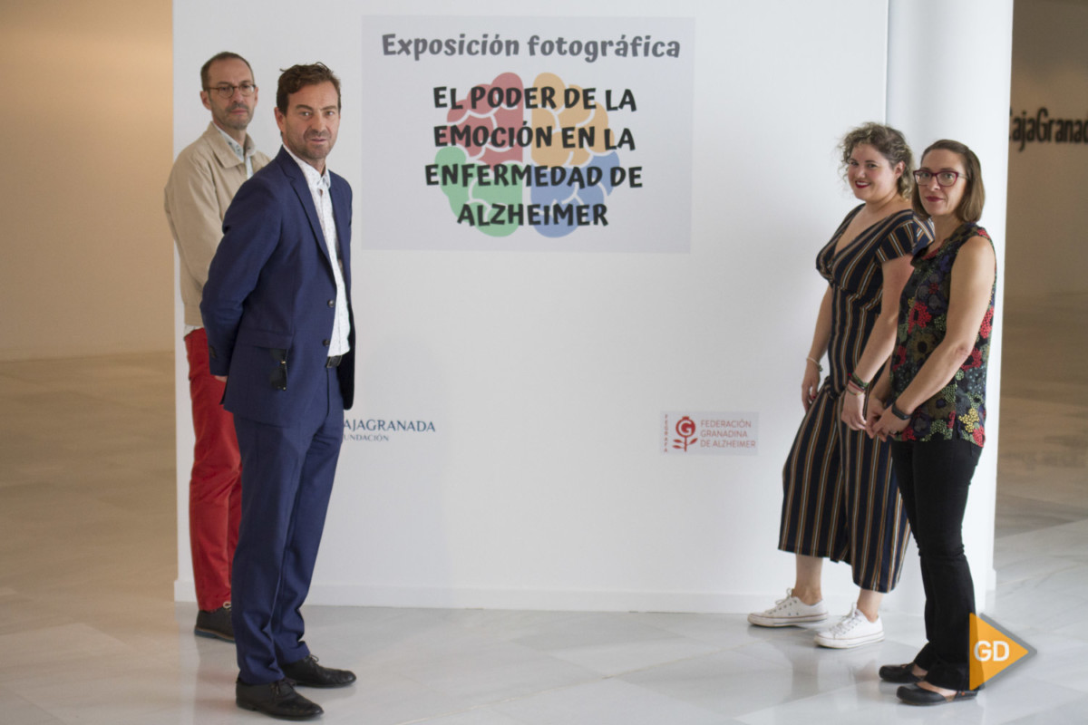 Exposición fotografica El poder de la emoción la enfermedad del Alzheimer en el centro de memoria de Andalucia en Granada