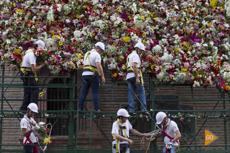 Ofrenda floral a la virgen de las Angustias de Granada
