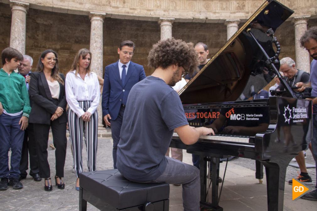 TU CIUDAD SE LLENA DE PIANOS - Dani B-2
