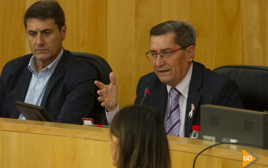 Diputación liquida una deuda de más de nueve millones arrastrada y el PP acusa a Entrena de «desmantelar» las inversiones