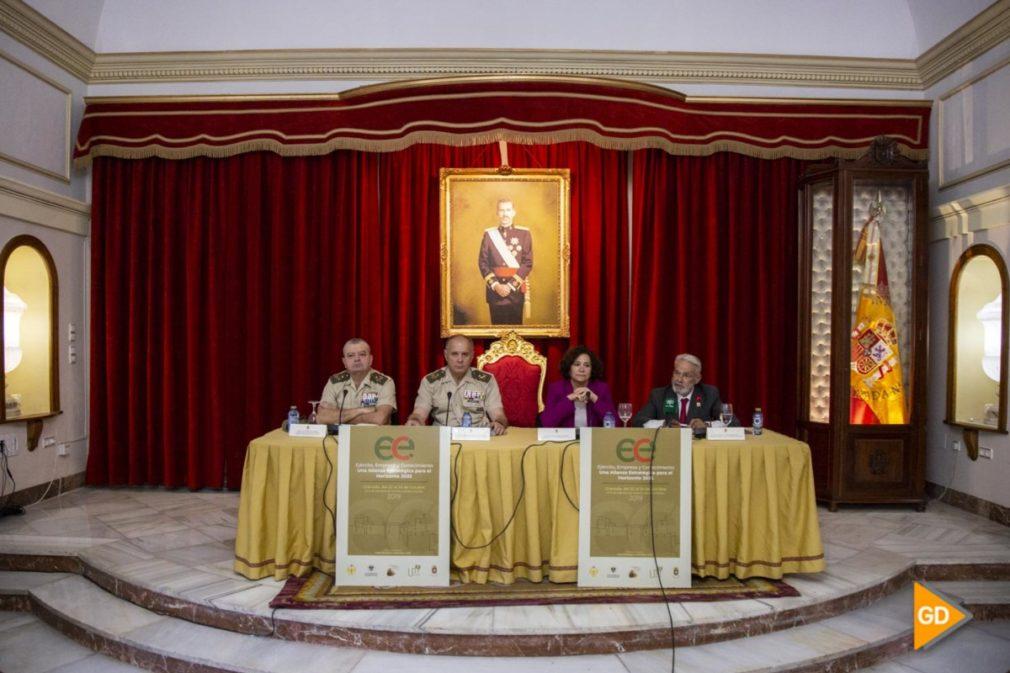 presentacion del congreso entre la UGR y el MADOC en Granada